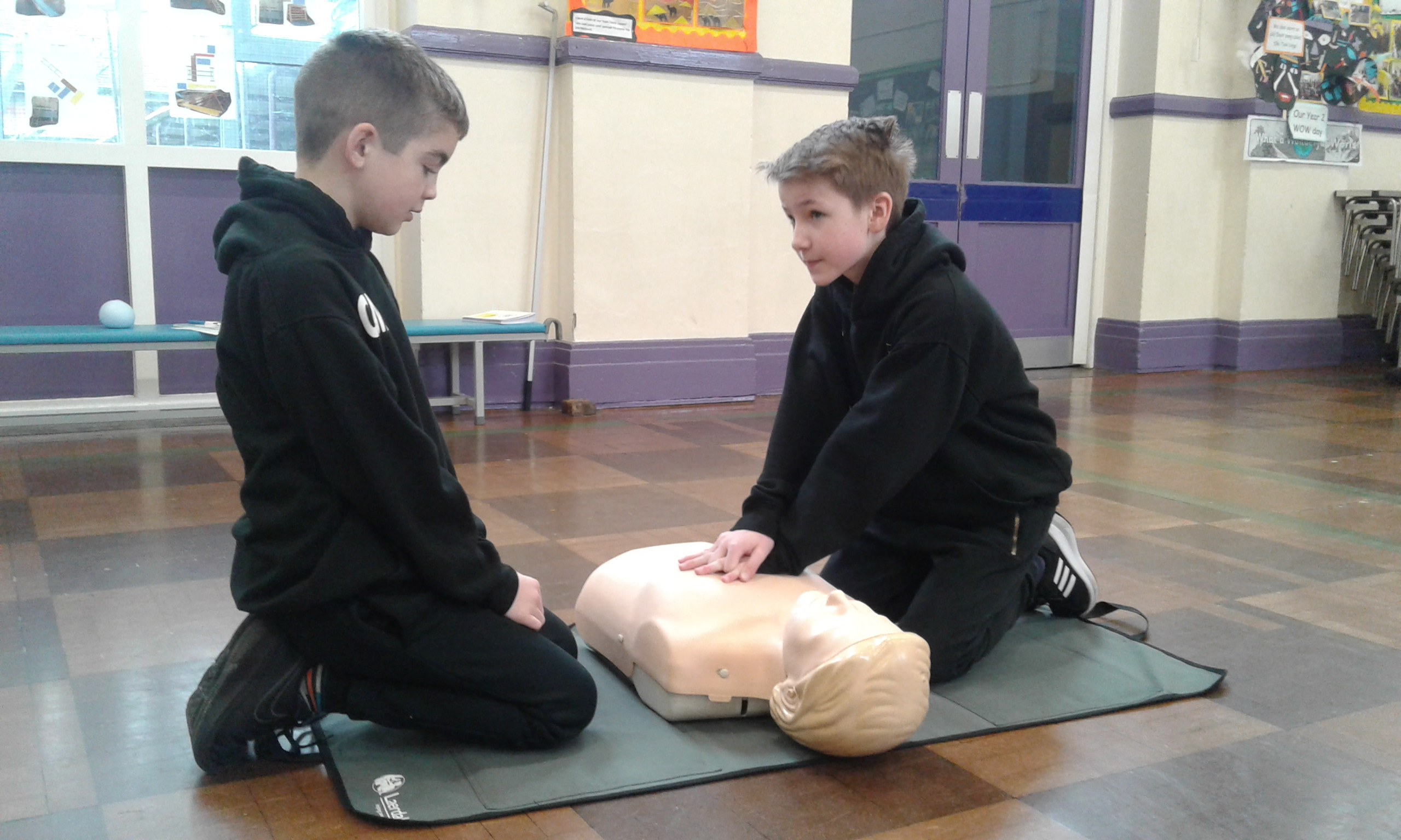 CPR Training with Years 4 and 6
